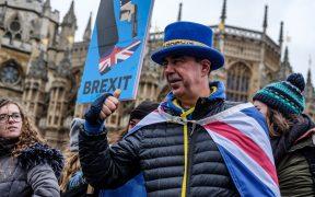 Ciudadanos británicos de manifiestan en contra del Brexit.